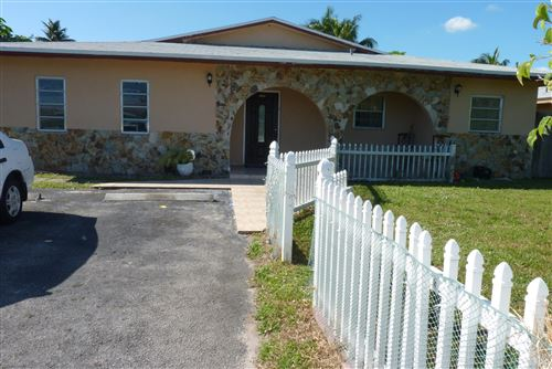Photo of Listing MLS rx in 4561 SW 43rd Avenue Fort Lauderdale FL 33314