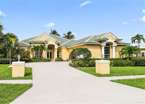Photo of 18585 Lakeside Gardens Drive, Jupiter, FL 33458 (MLS # RX-10731309)