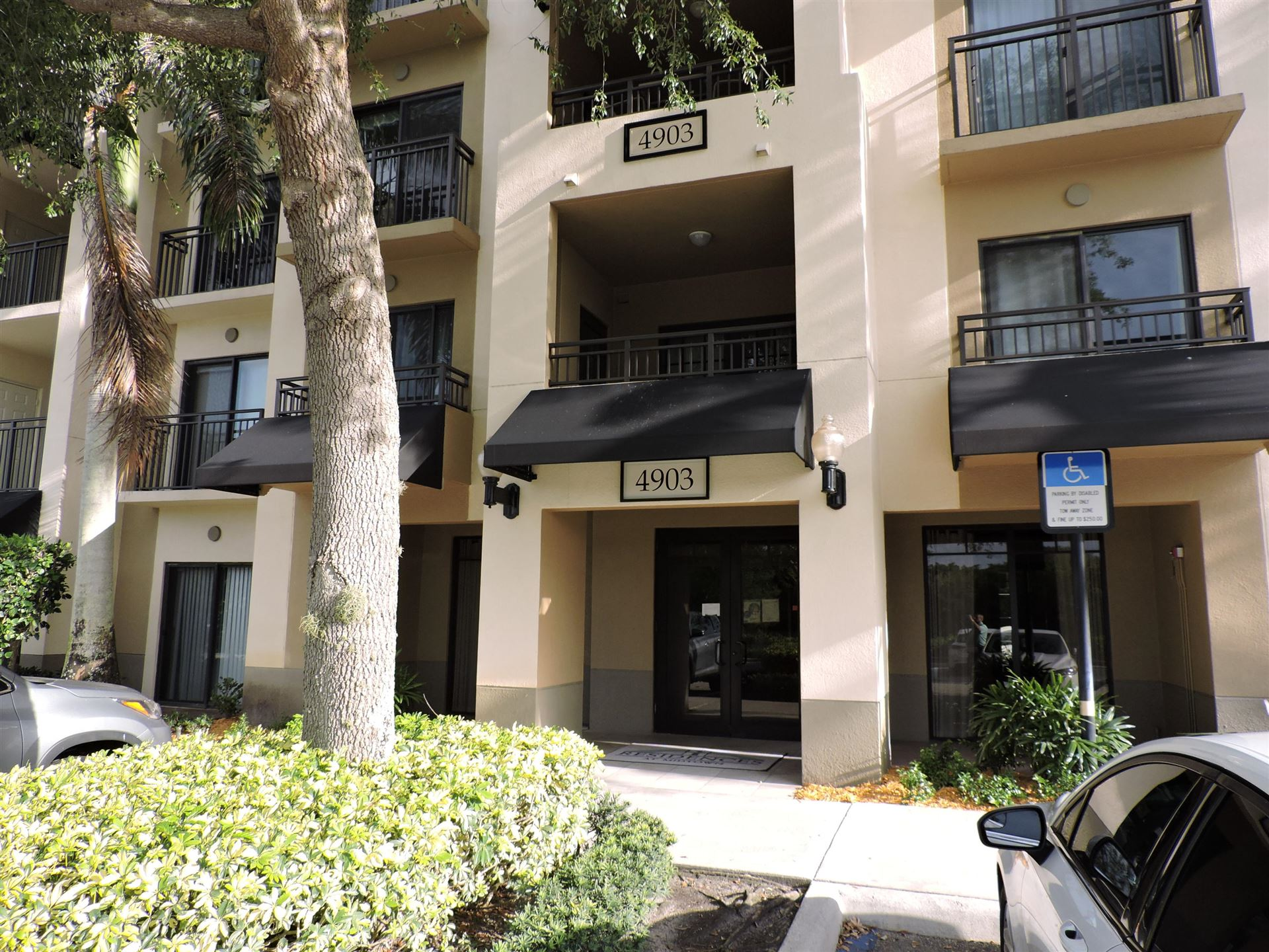 Photo of 4903 Midtown Lane #3319, Palm Beach Gardens, FL 33418 (MLS # RX-10716311)