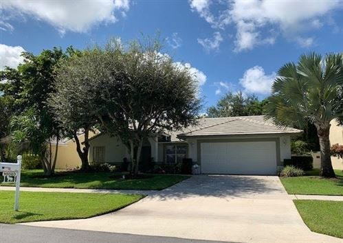 Photo of 10080 Southern Pride Place, Wellington, FL 33449 (MLS # RX-10547314)