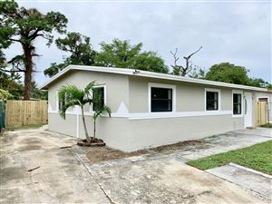 Photo of 1569 NW 15th Terrace, Fort Lauderdale, FL 33311 (MLS # RX-10571316)