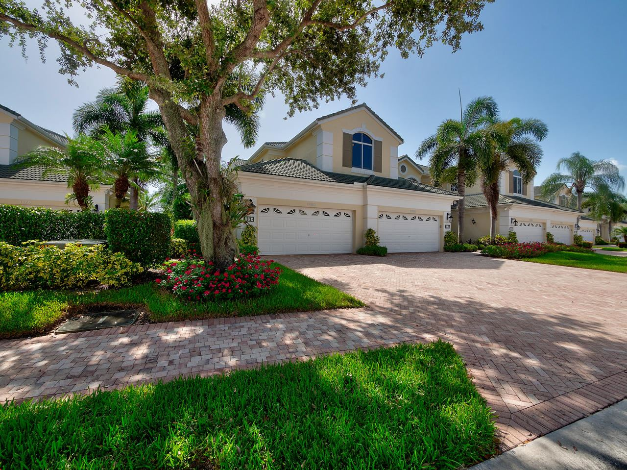 Photo of 116 Palm Point Circle #C, Palm Beach Gardens, FL 33418 (MLS # RX-10651316)