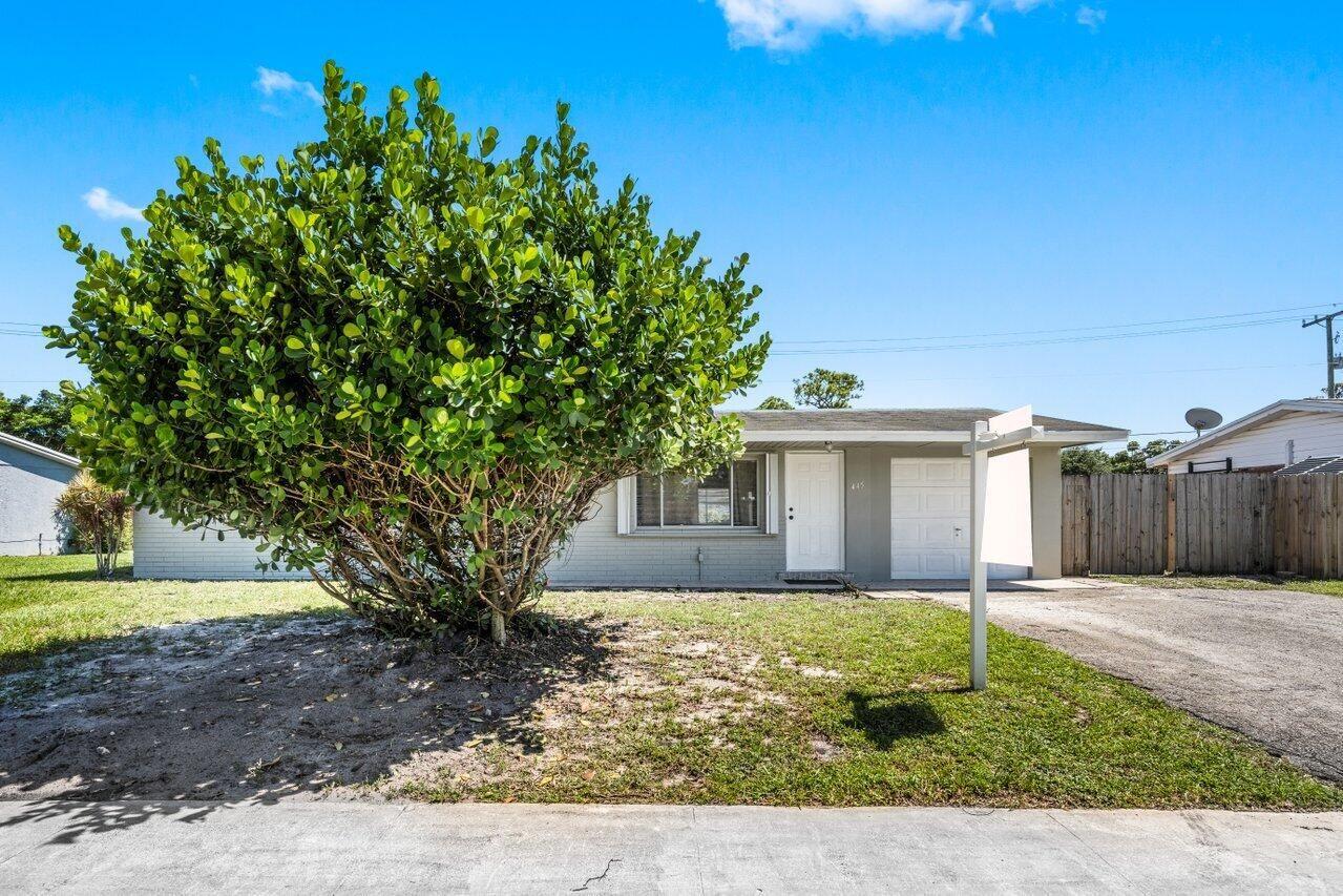 445 Cypress Lane, Palm Springs, FL 33461 - #: RX-10727316