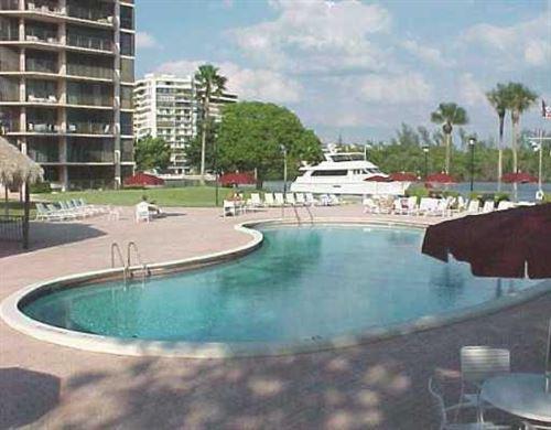 Photo of 899 Jeffrey Street #308, Boca Raton, FL 33487 (MLS # RX-10686317)