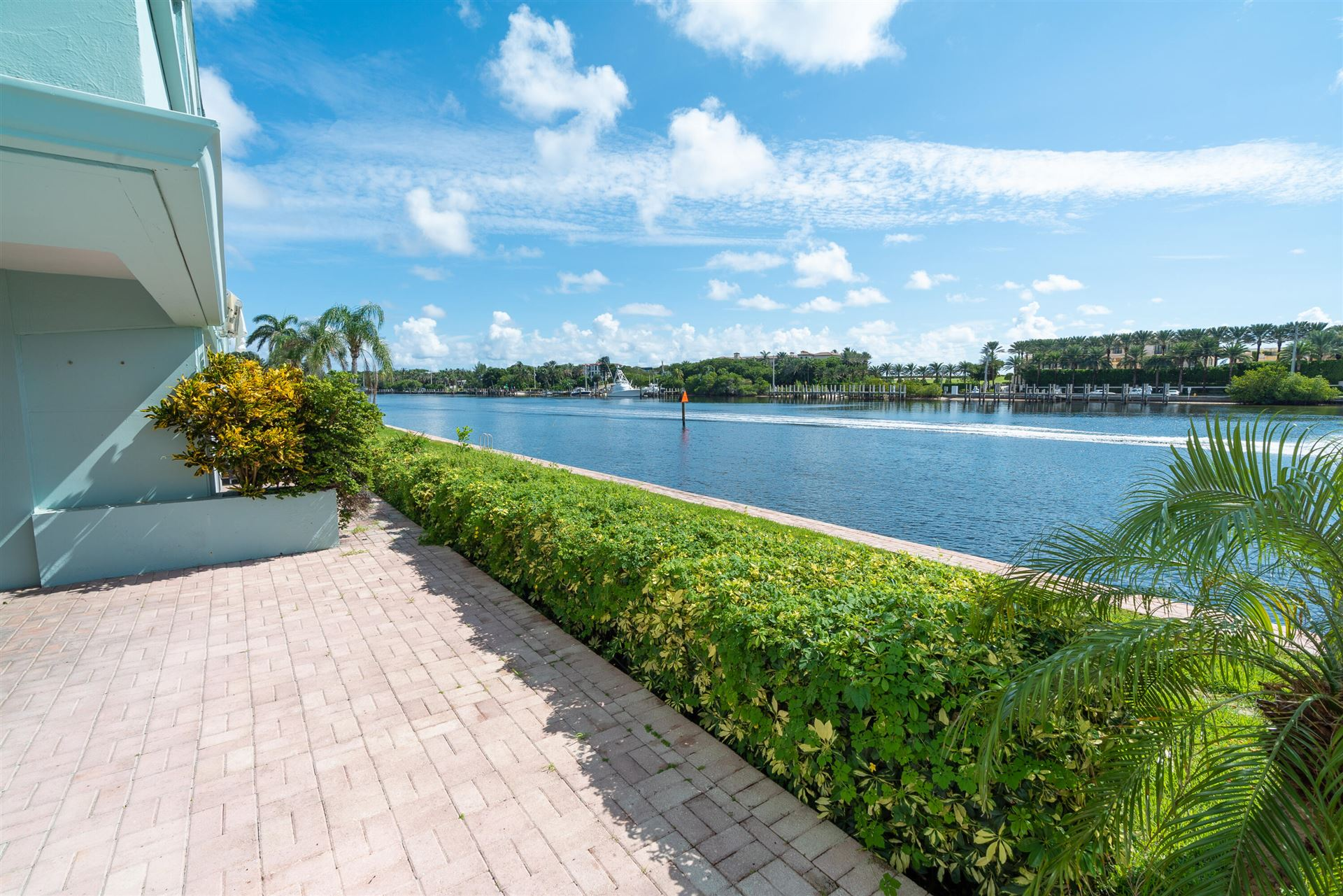 Photo of 2758 NE 30th Avenue #2a, Lighthouse Point, FL 33064 (MLS # RX-10747317)