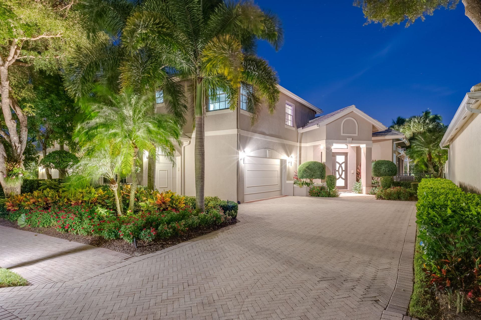Photo of 127 Victoria Bay Court, Palm Beach Gardens, FL 33418 (MLS # RX-10631318)