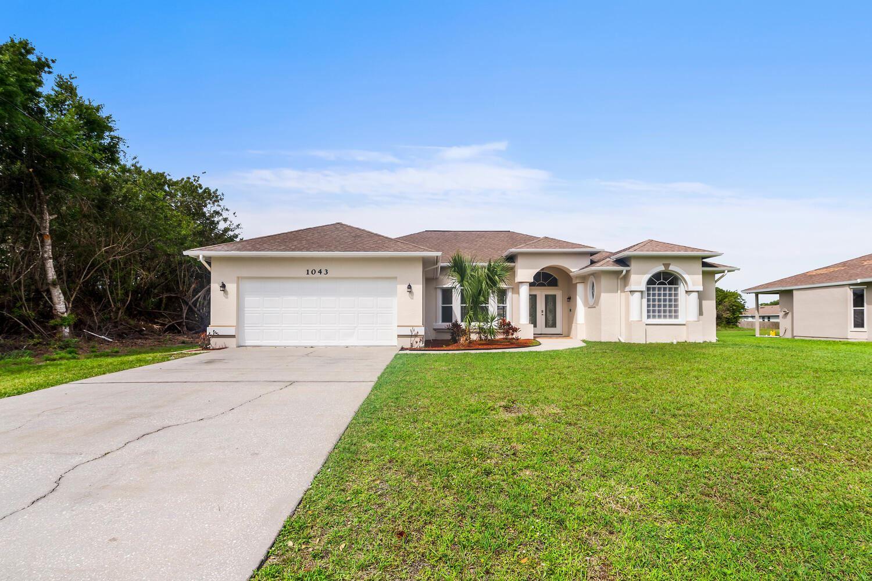 1043 SW Idol Avenue, Port Saint Lucie, FL 34953 - #: RX-10697318