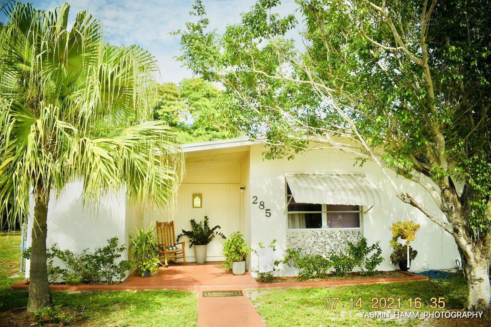 285 SE Abeto Lane, Fort Pierce, FL 34983 - #: RX-10731318
