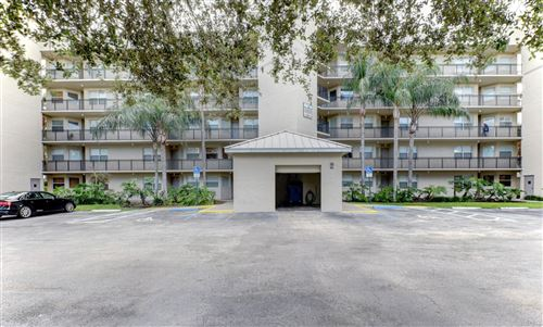 Photo of 26 Royal Palm Way #404, Boca Raton, FL 33432 (MLS # RX-10595319)