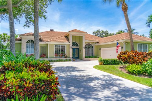 Photo of 18710 SE Lakeside Way, Tequesta, FL 33469 (MLS # RX-10636320)