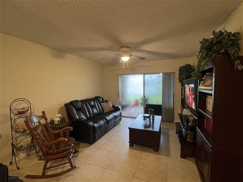 Photo of 1610 N 42nd Circle #112, Vero Beach, FL 32967 (MLS # RX-10747320)
