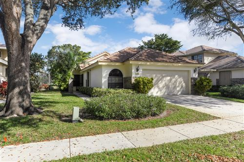 Photo of 4425 Sherwood Forest Drive, Delray Beach, FL 33445 (MLS # RX-10602321)