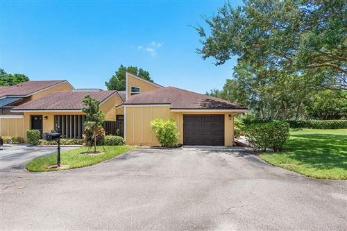 Photo of 22588 Vistawood Way, Boca Raton, FL 33428 (MLS # RX-10637321)