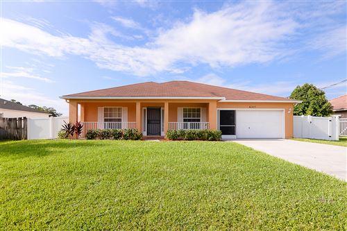 Photo of 6105 NW Duke Circle, Port Saint Lucie, FL 34983 (MLS # RX-10658321)
