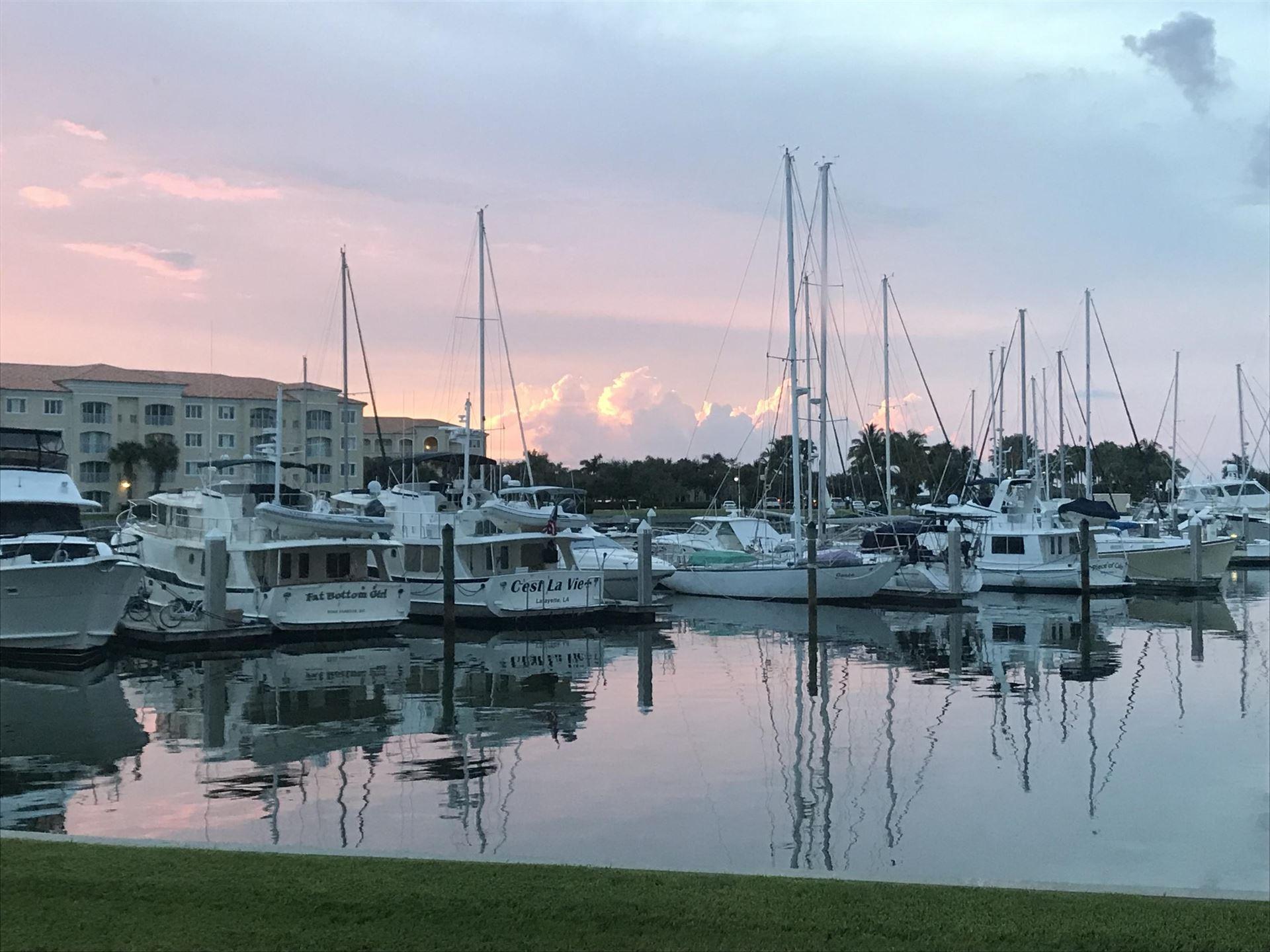 15 Harbour Isle Drive W #101, Fort Pierce, FL 34949 - #: RX-10627322