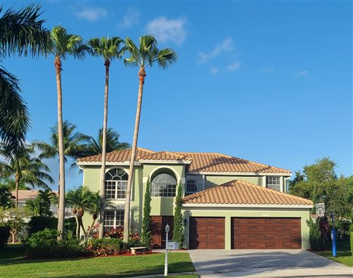 Photo of 21290 Waycross Drive, Boca Raton, FL 33428 (MLS # RX-10713323)