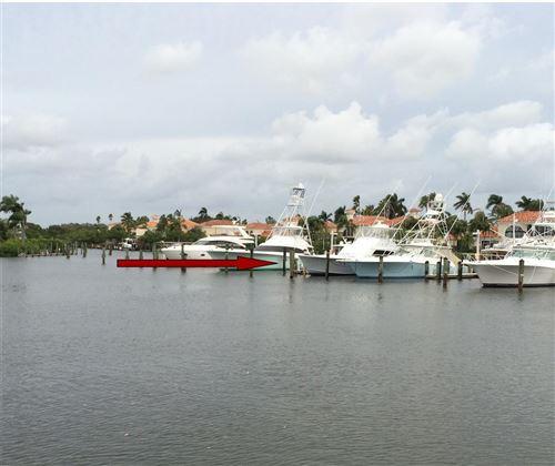 Foto de inmueble con direccion 3232 Casseekey Island Road #10s Jupiter FL 33477 con MLS RX-10663325