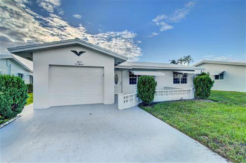Photo of 1011 SW 17th Street, Boynton Beach, FL 33426 (MLS # RX-10674326)