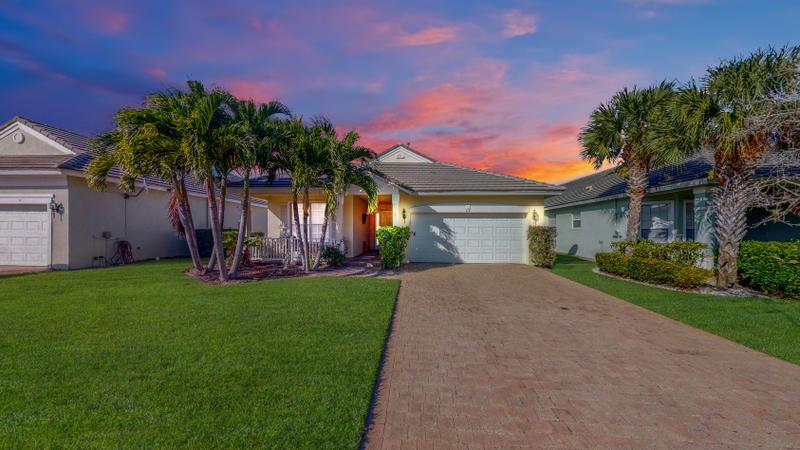 112 NW Berkeley Avenue, Port Saint Lucie, FL 34986 - #: RX-10677326