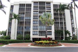 Photo of 6875 Willow Wood Drive #2074, Boca Raton, FL 33434 (MLS # RX-10576327)