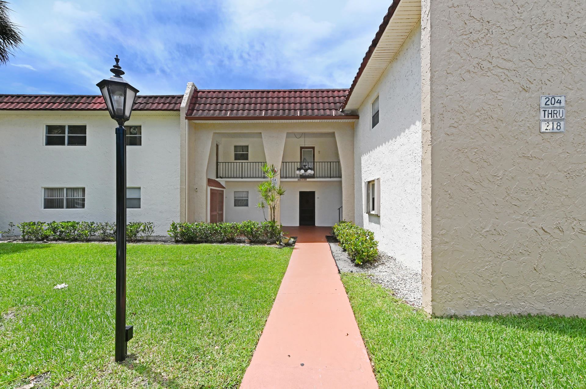 214 Lake Frances Drive #214, West Palm Beach, FL 33411 - #: RX-10736328