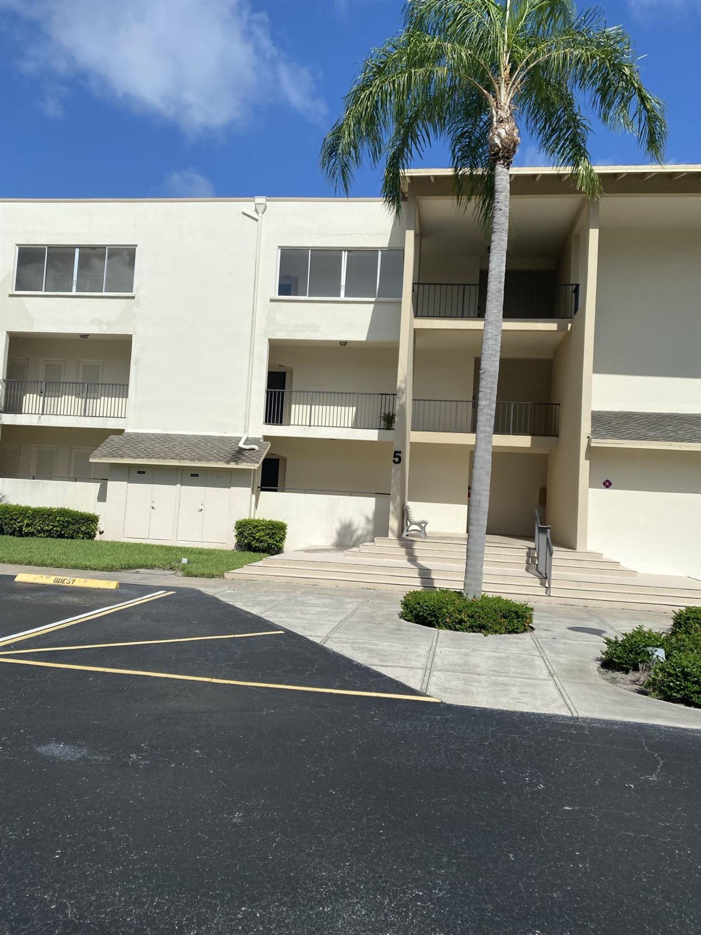 Photo of 11811 Avenue Of P G A #5-3f, Palm Beach Gardens, FL 33418 (MLS # RX-10739328)