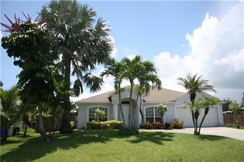 Photo of 534 SE Thanksgiving Avenue, Port Saint Lucie, FL 34984 (MLS # RX-10663332)