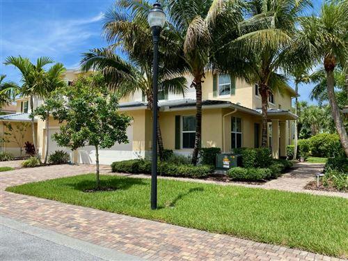 Photo of 1069 Piccadilly Street, Palm Beach Gardens, FL 33418 (MLS # RX-10634333)