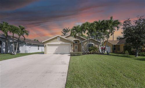 Photo of 6479 Robinson Street, Jupiter, FL 33458 (MLS # RX-10702333)