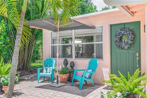 Photo of 969 NE Banyan Tree Drive, Jensen Beach, FL 34957 (MLS # RX-10640334)
