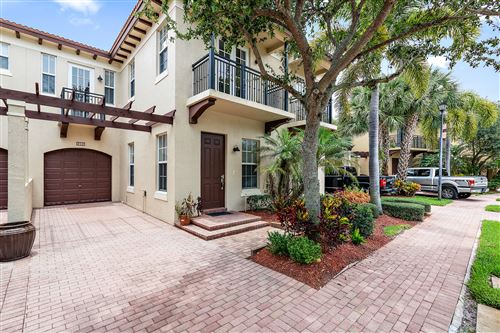Photo of Listing MLS rx in 2781 Eagle Rock Circle #302 West Palm Beach FL 33411