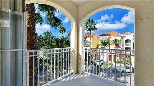 Foto de inmueble con direccion 11018 Legacy Dr #301 Palm Beach Gardens FL 33410 con MLS RX-10664335