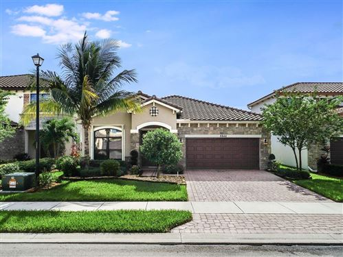 Photo of 8846 Willow Cove Lane, Lake Worth, FL 33467 (MLS # RX-10577336)