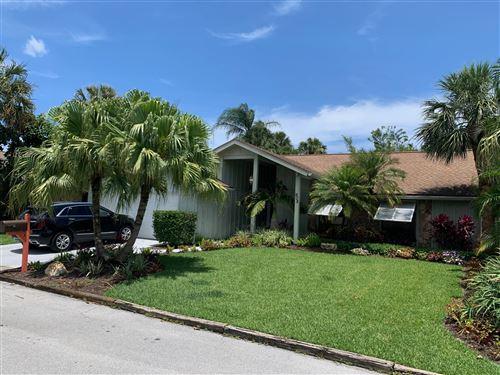 Photo of 905 Sandy Oaks Drive, Jupiter, FL 33477 (MLS # RX-10717336)