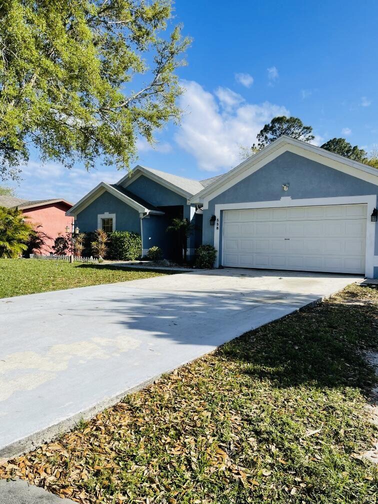 558 NW Goldcoast Avenue, Port Saint Lucie, FL 34983 - #: RX-10705337
