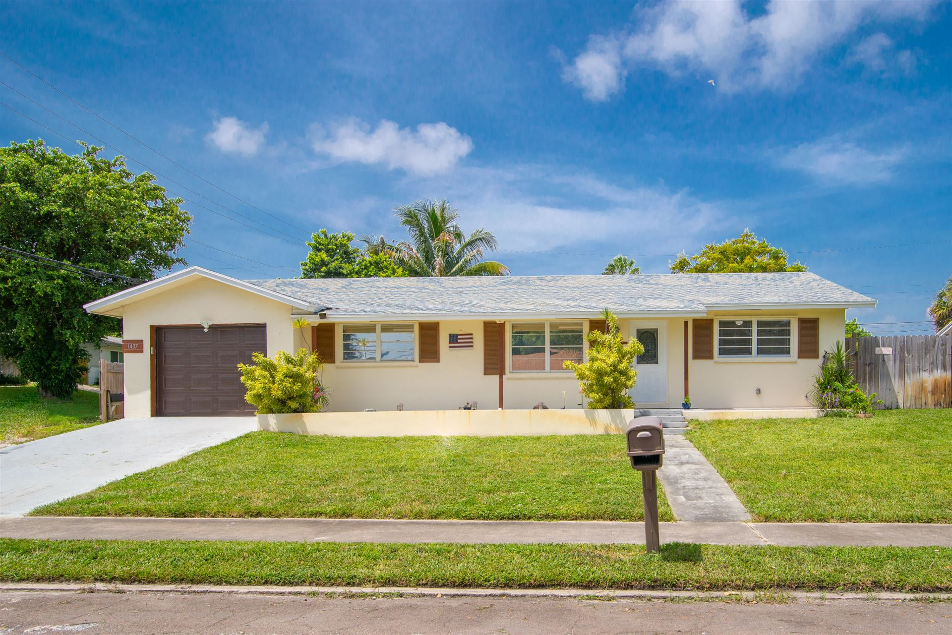 1437 Cochran Drive, Lake Worth, FL 33461 - #: RX-10654338