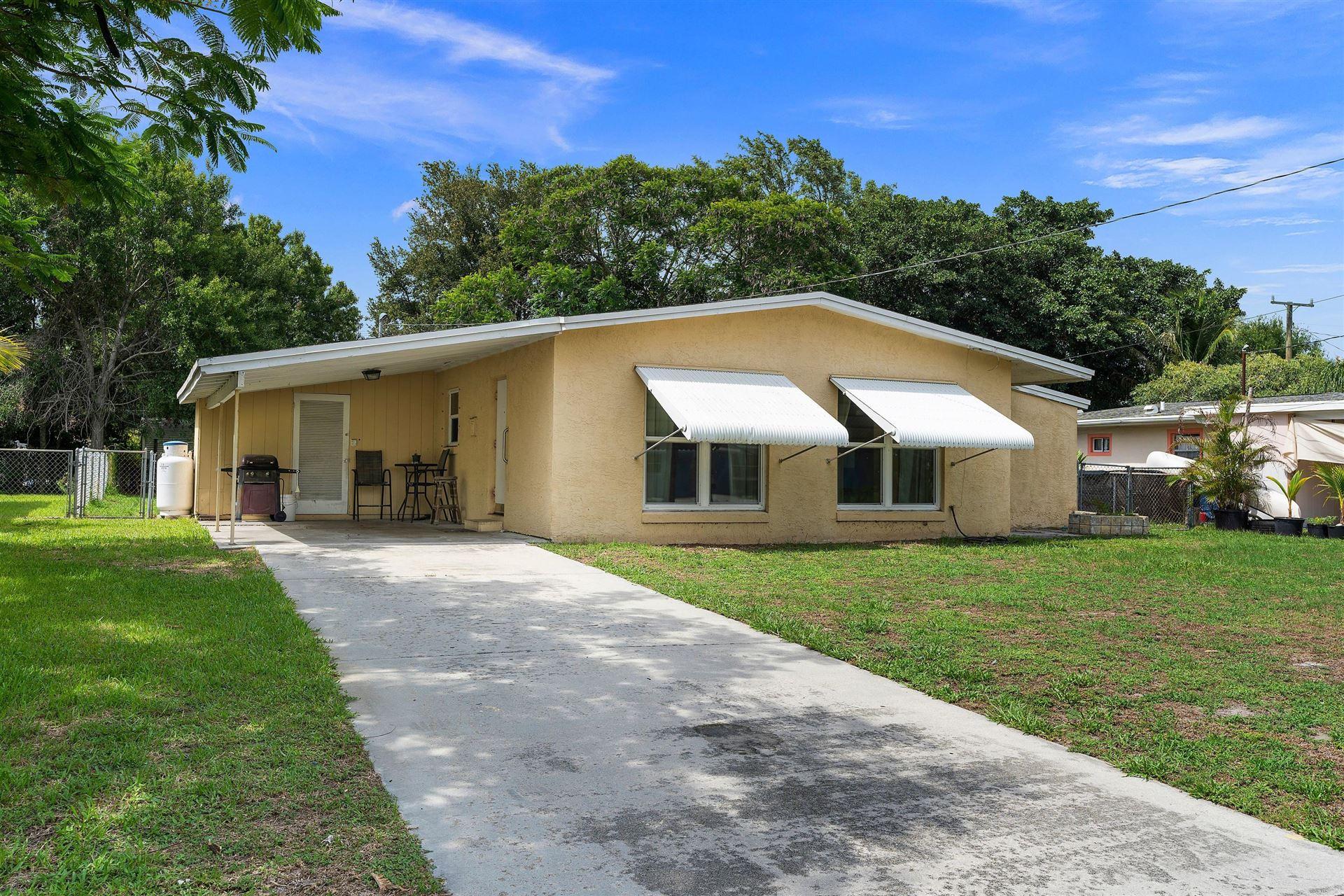204 Maple Avenue, Fort Pierce, FL 34982 - MLS#: RX-10730339