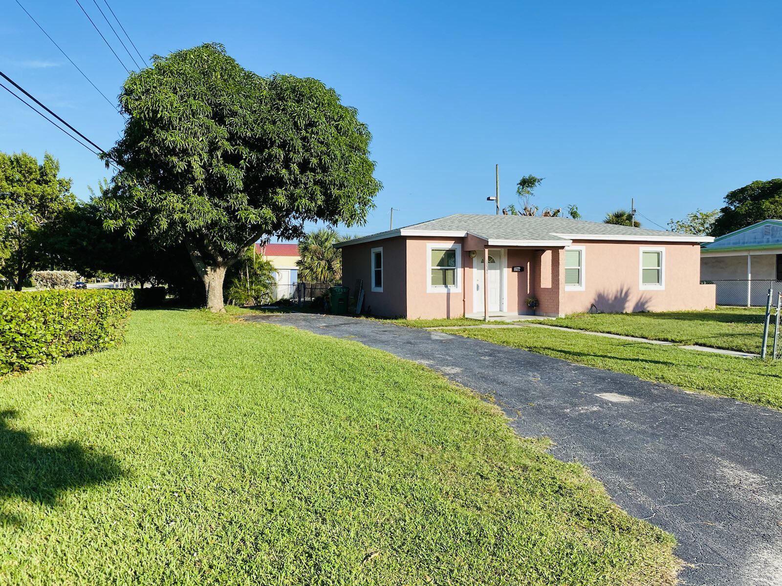 1156 Avenue G Avenue, Riviera Beach, FL 33404 - #: RX-10750340