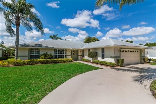 Photo of 18240 SE Wooden Bridge Lane, Tequesta, FL 33469 (MLS # RX-10610341)