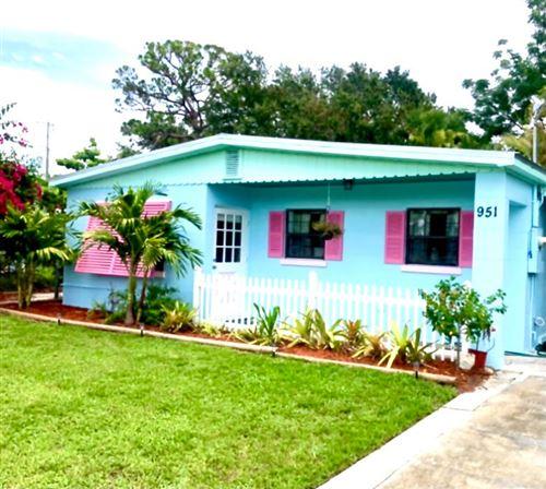 Photo of 951 NE Rio Avenue, Jensen Beach, FL 34957 (MLS # RX-10713341)