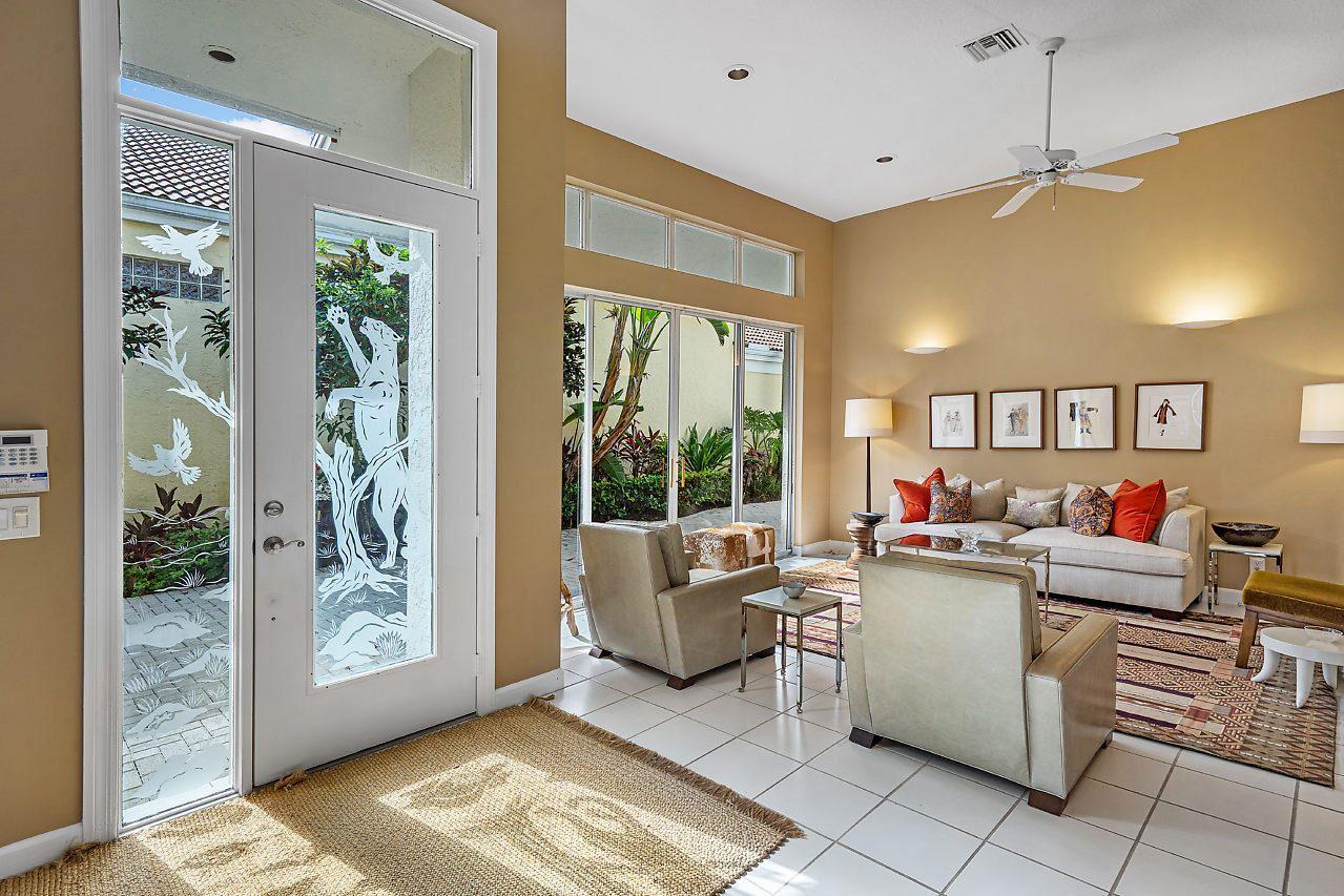 Photo of 216 Coral Cay Terrace, Palm Beach Gardens, FL 33418 (MLS # RX-10636341)
