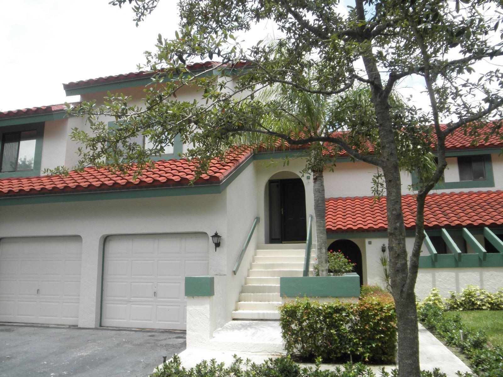 Photo of 25 Lexington F Lane W #F, Palm Beach Gardens, FL 33418 (MLS # RX-10707342)