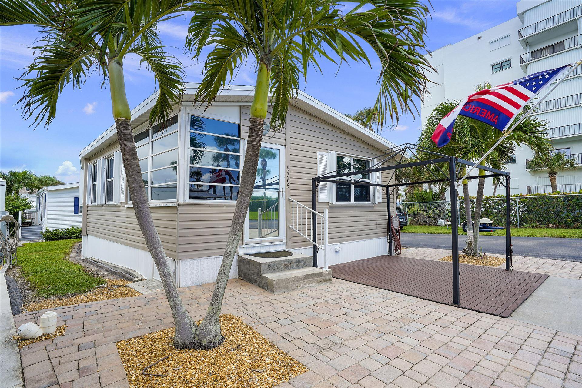 5365 Compass Cove Place, Hutchinson Island, FL 34949 - #: RX-10662344