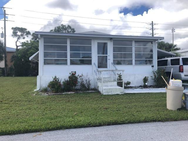 206 SE Trafalgar Terrace, Stuart, FL 34994 - #: RX-10657346