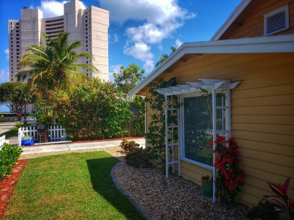 410 51st Street, West Palm Beach, FL 33407 - #: RX-10699347
