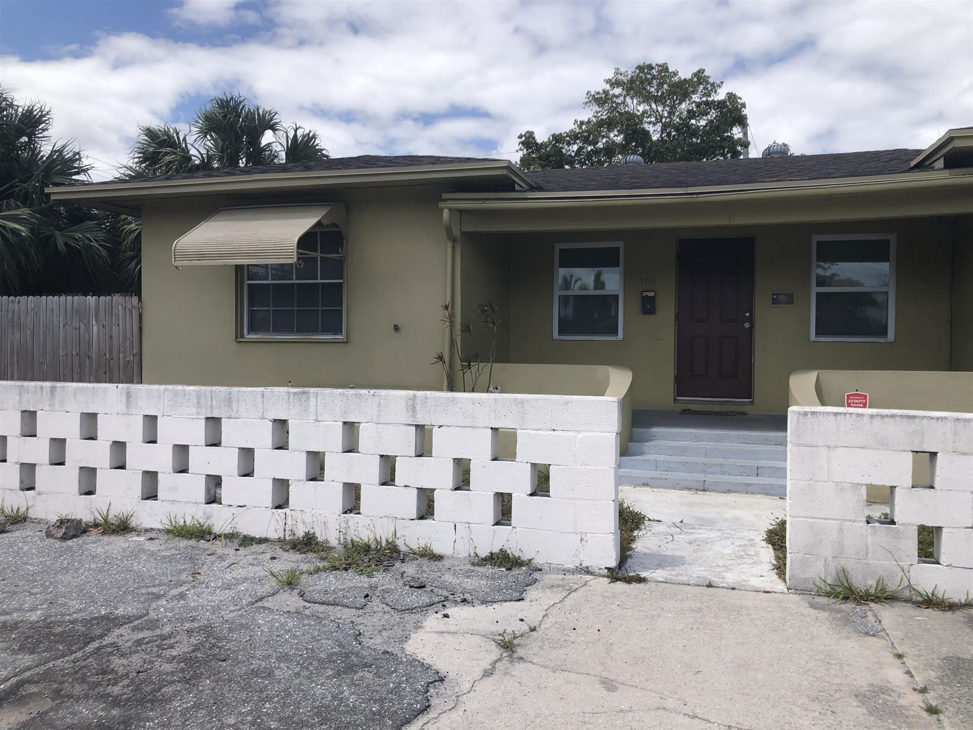 1311 N Dixie Highway, Lake Worth, FL 33460 - MLS#: RX-10705349