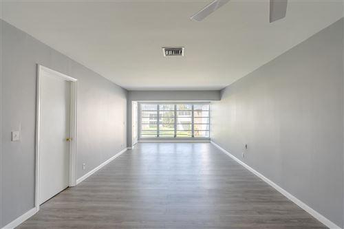 Foto de inmueble con direccion 1061 Orange Terrace #203 Delray Beach FL 33445 con MLS RX-10623350