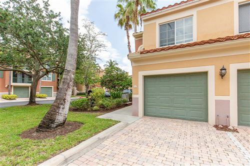 Foto de inmueble con direccion 11771 Saint Andrews Place #101 Wellington FL 33414 con MLS RX-10625352