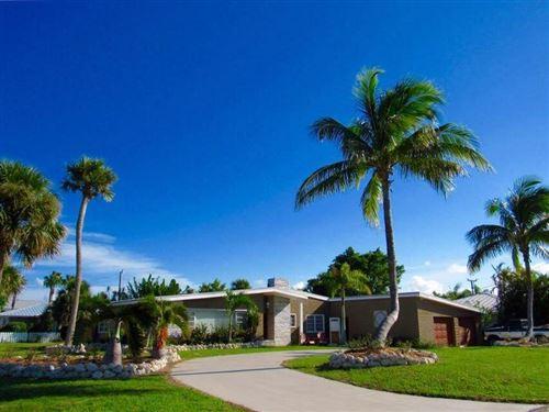 Photo of 1529 Thumb Point Drive, Fort Pierce, FL 34949 (MLS # RX-10733352)