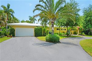 Photo of 2005 NW 4th Avenue, Delray Beach, FL 33444 (MLS # RX-10542353)